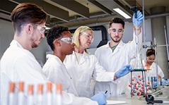 Química para a Docência: Metodologias e Práticas